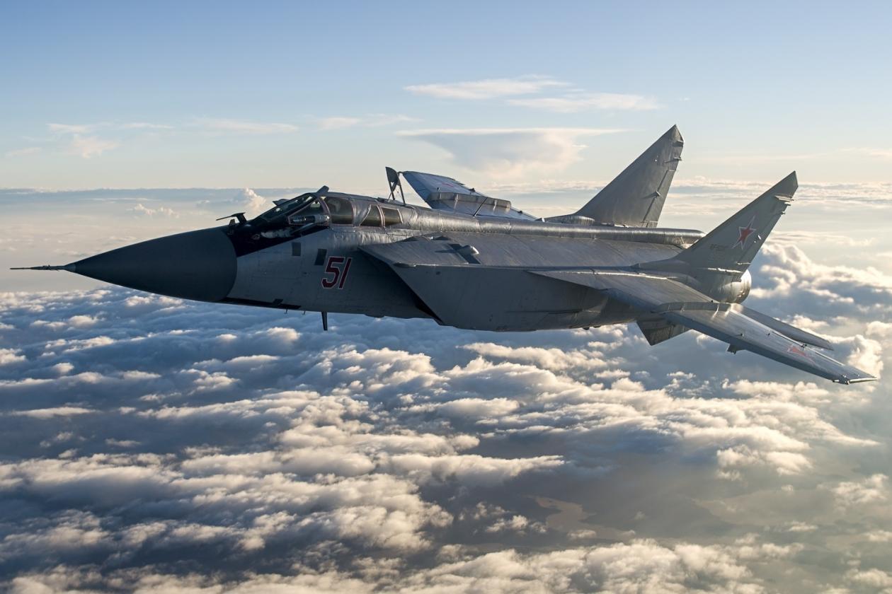 Russian modernized MiG-31BM fighters conduct stratosphere interception drill