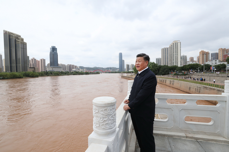 Xi inspects Yellow River management facilities and publishing house in Lanzhou