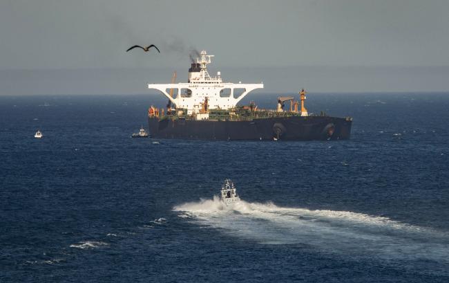 Iranian oil tanker leaves Gibraltar despite US demand to seize it