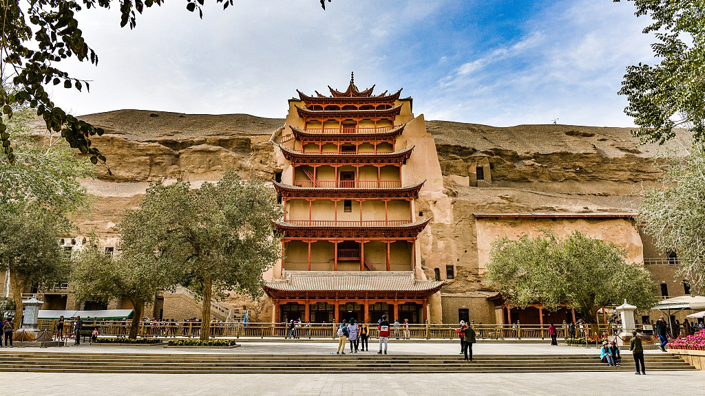 An immersive way to admire the Mogao Grottoes