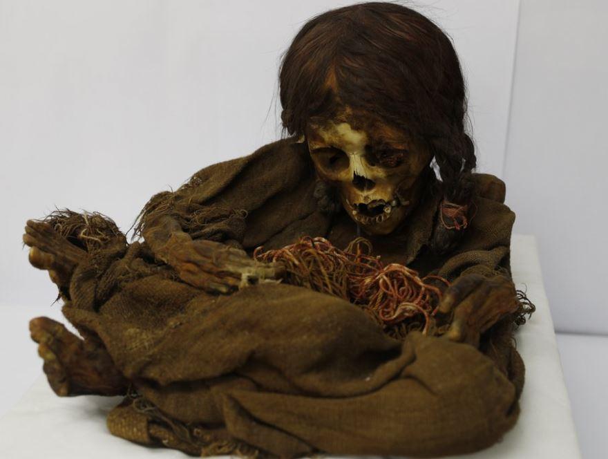 incan mummy (ap).jpg