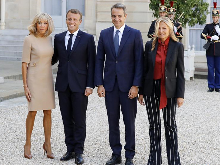 French president meets with Greek PM in Paris