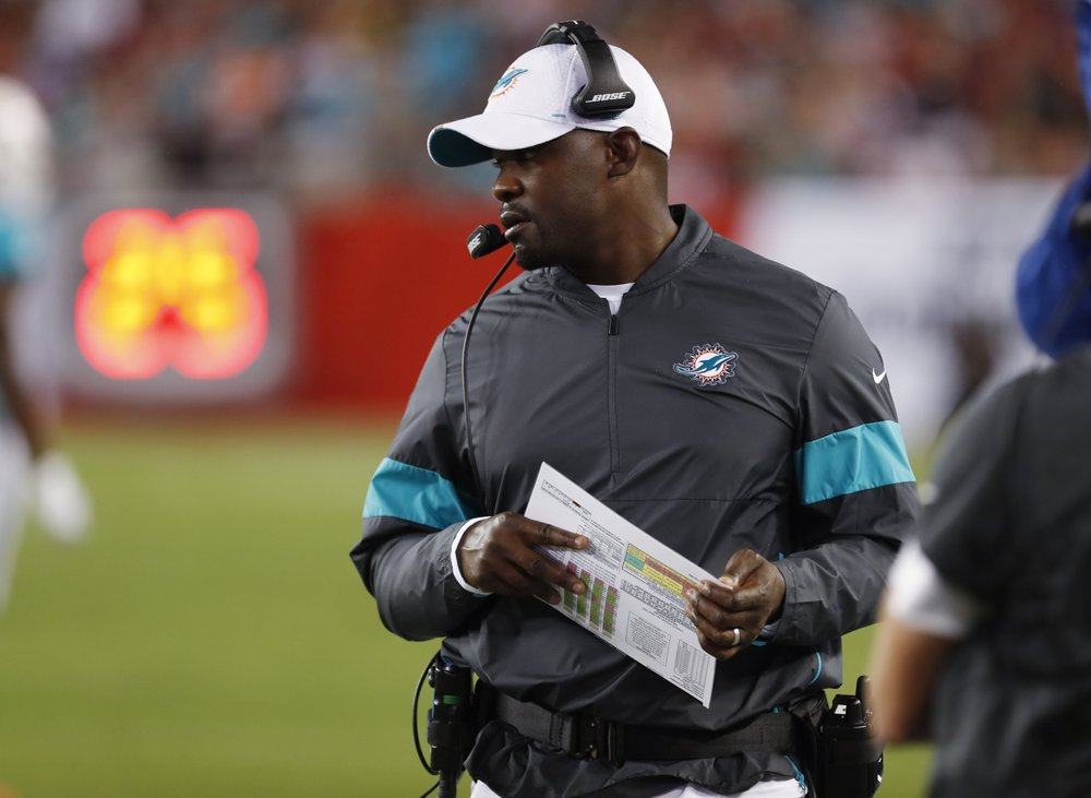 Dolphins' Flores says he supports player protest movement