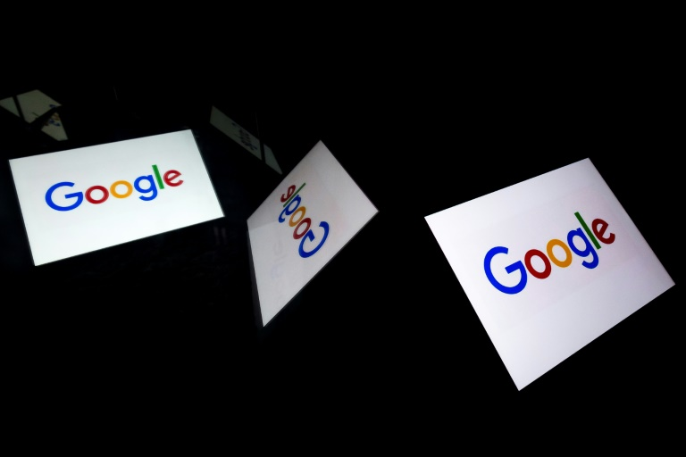 Google tells workers to avoid arguing politics in house