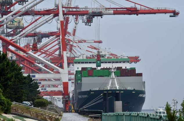 China firmly opposes US tariff hikes on Chinese imports