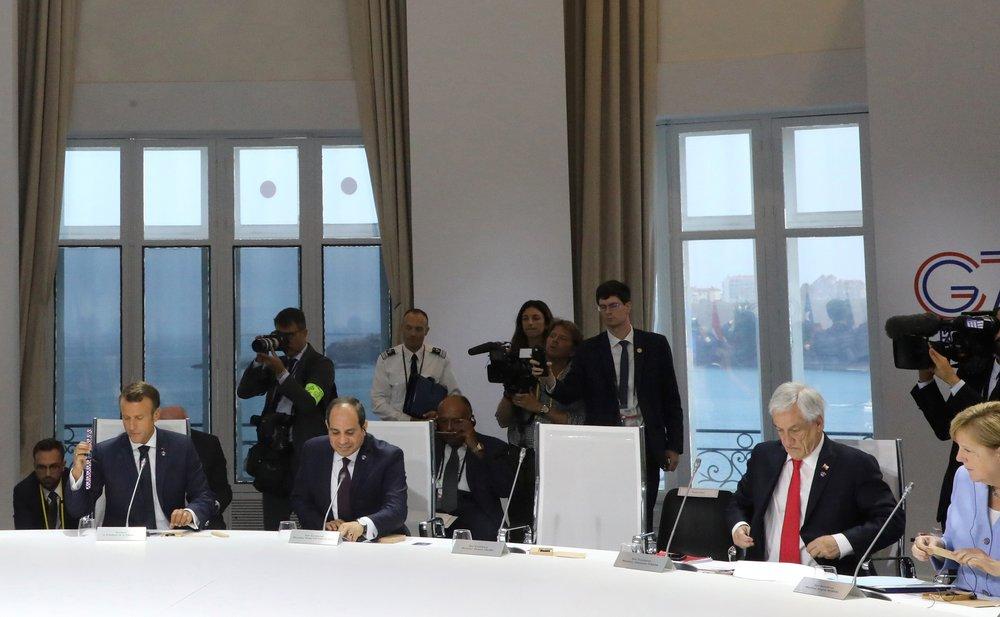 Trump says will invite Putin to G7 in 2020