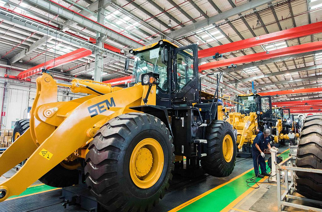 China's industrial profits rise 2.6 pct in July