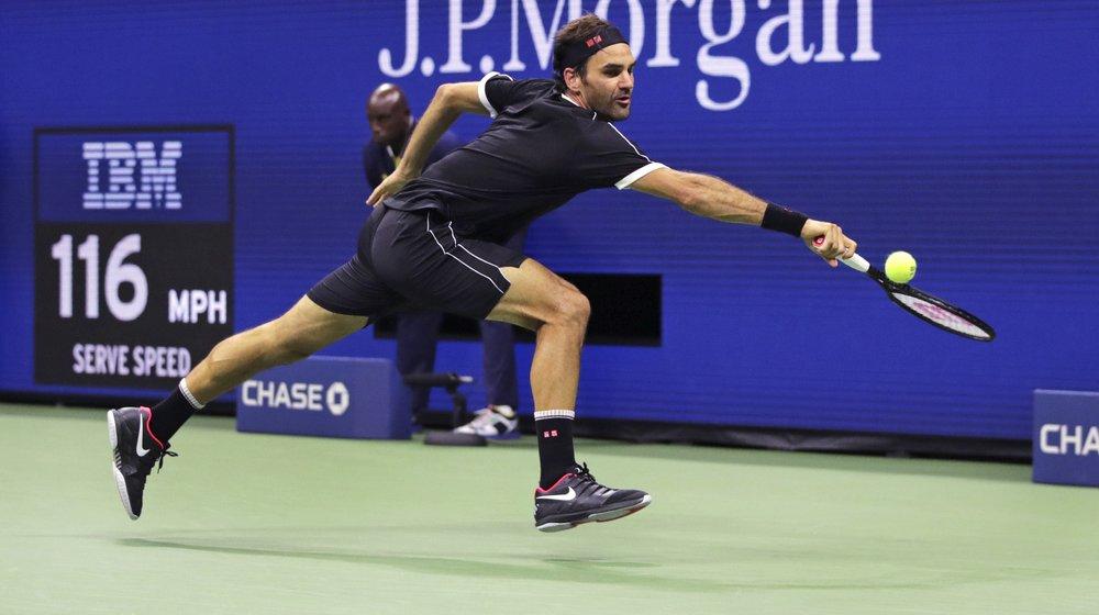 Federer drops 1st set of US Open before winning in 4