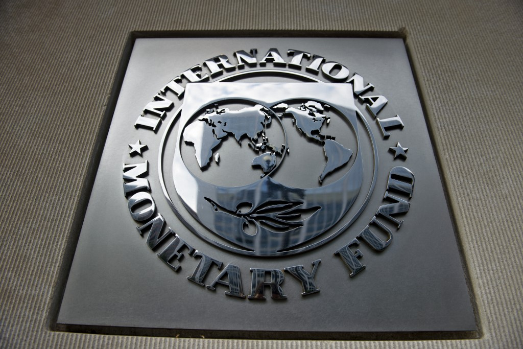 Argentina wants to negotiate with IMF for restructuring debt payments