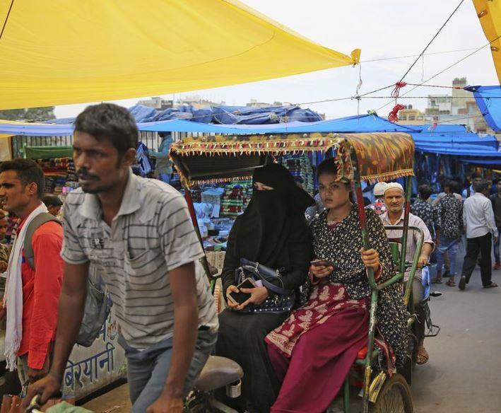 rickshaw (ap).jpg