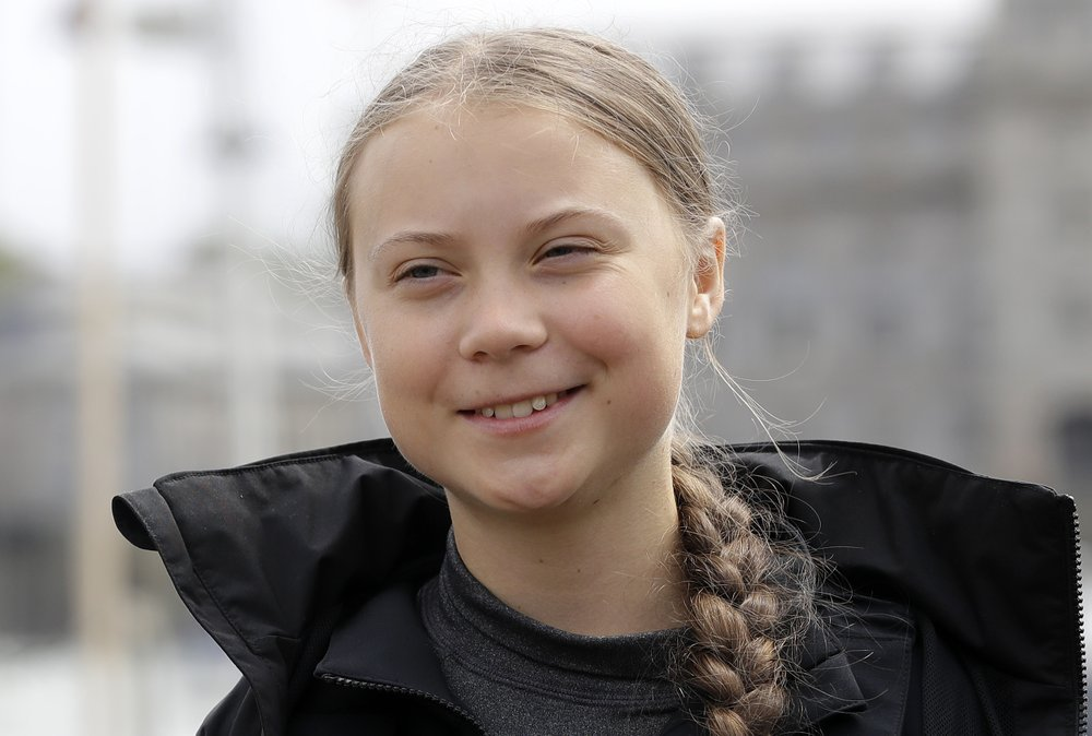 Teen activist sails across Atlantic to go to climate meeting