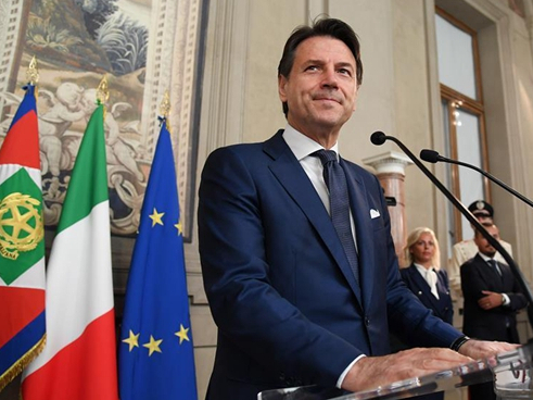 Italy's Conte receives formal mandate to form new gov't