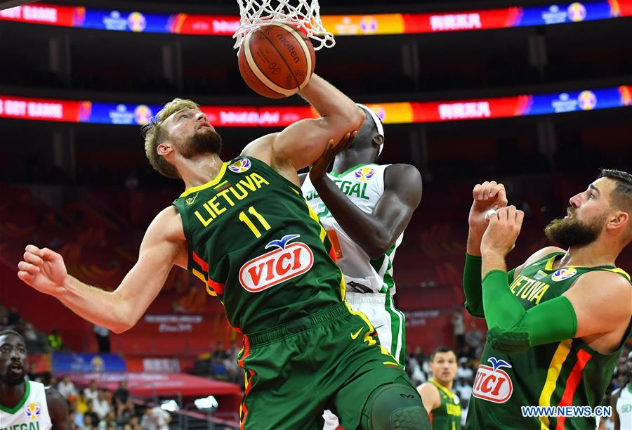 Lithuania smashes Senegal 101-47 in FIBA World Cup