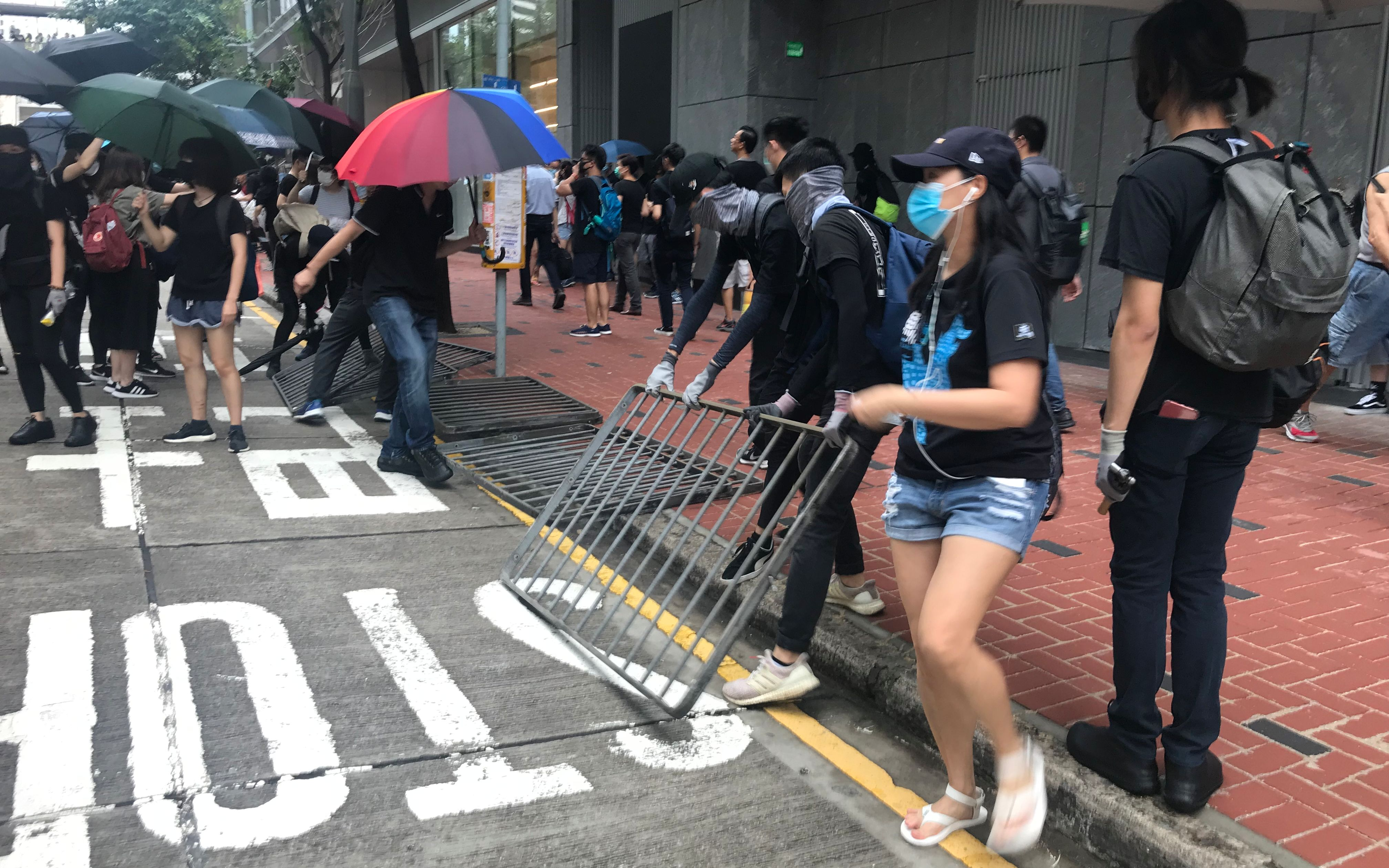 HKSAR gov't severely condemns illegal, violent acts of radical protesters