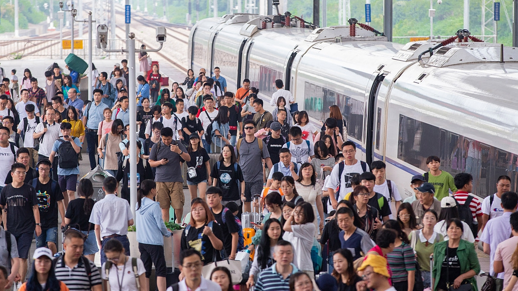 735 million railway trips made in China during summer travel rush