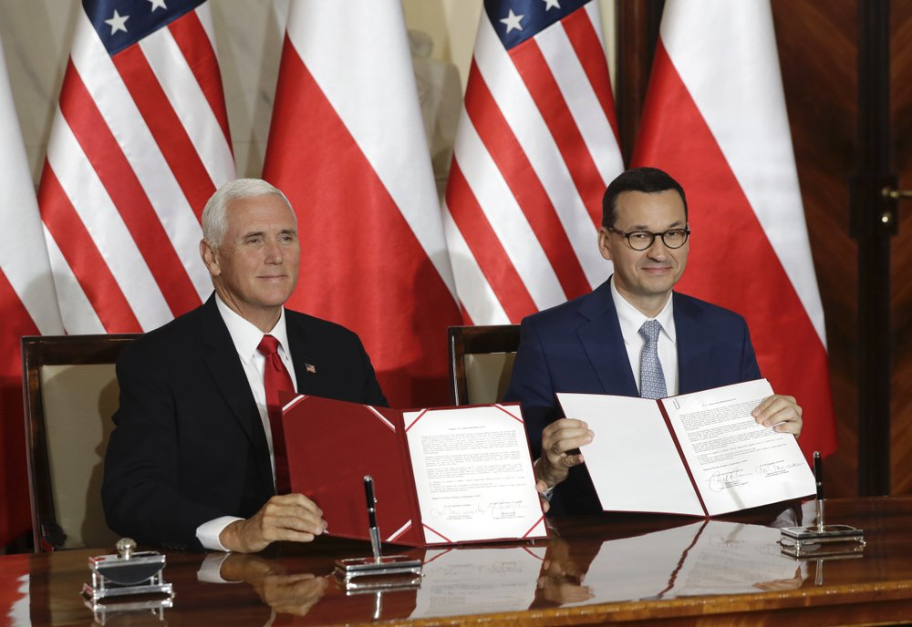 US and Poland sign agreement to cooperate on 5G technology