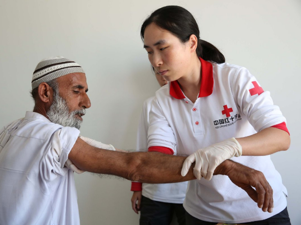 Chinese doctors finding success at Pakistan center
