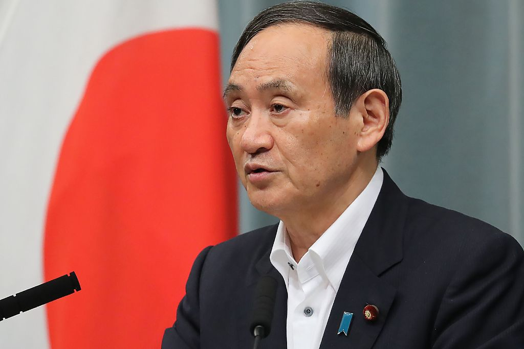Abe to reshuffle cabinet, ruling party executives next week