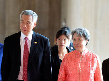 Wife of Singapore Prime Minister airs support for Hong Kong police