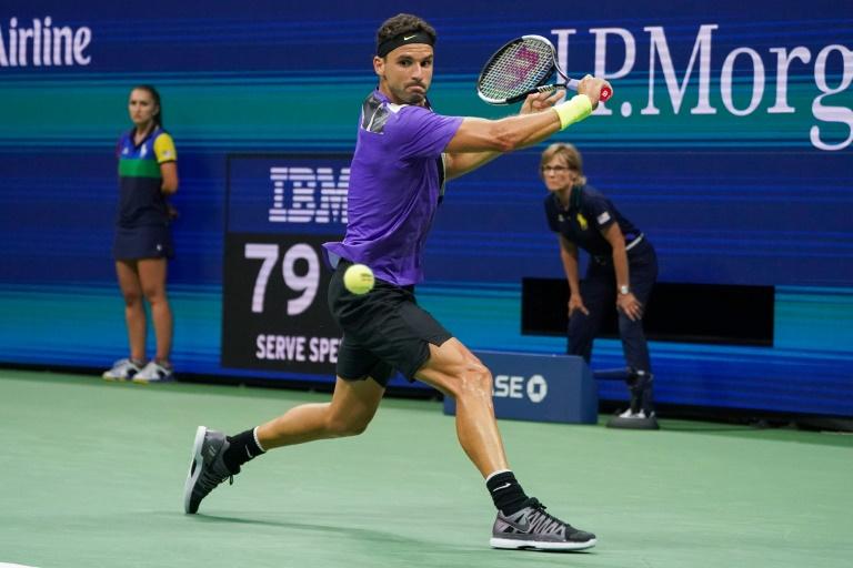 Dimitrov stuns Federer to reach US Open semi against Medvedev
