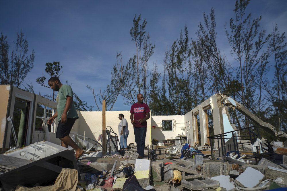 Hurricane death toll rises to 20 in Bahamas