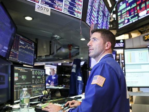 US stocks open higher ahead of Powell speech