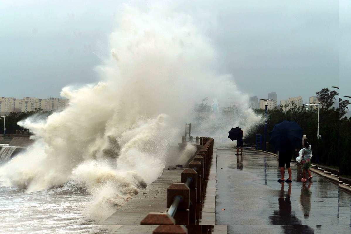 East China ups warnings as Typhoon Lingling nears