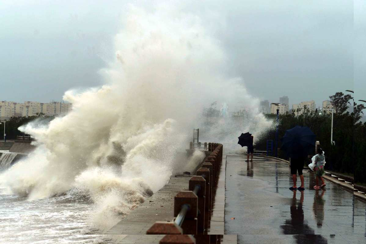 Typhoon to bring lots of wind, rain to East China