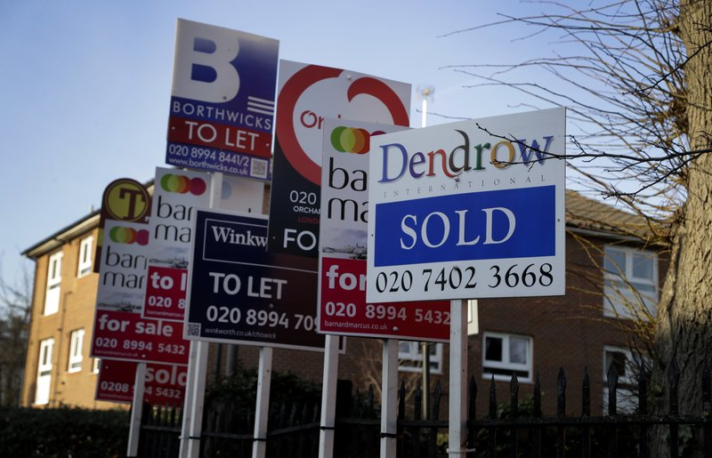 British house prices stable in August
