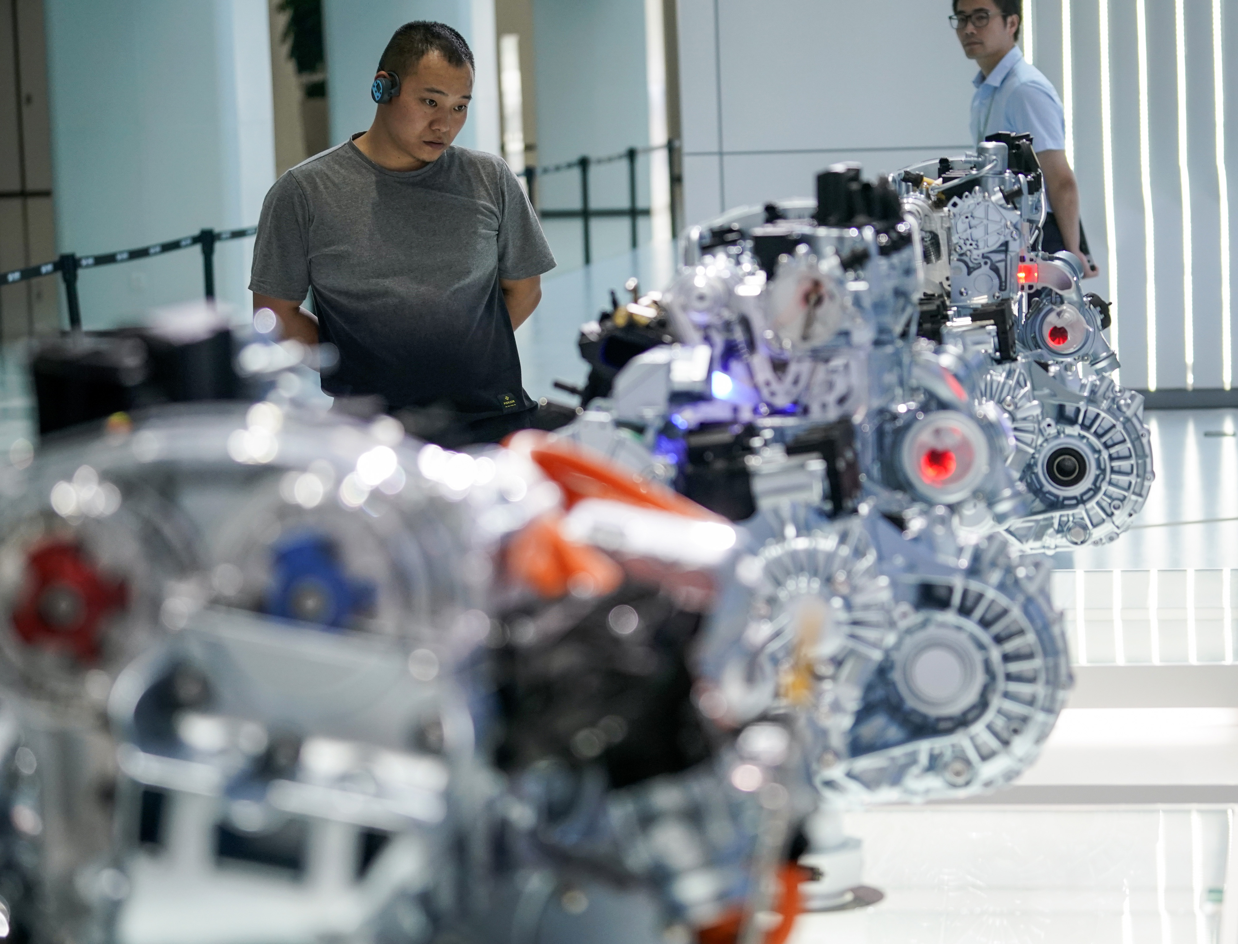 China's spending on R&D rises to historic high