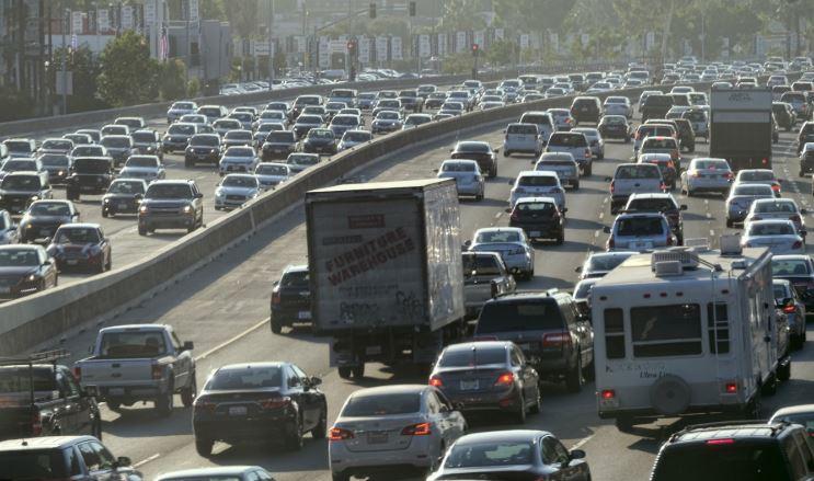 freeway gridlock (ap).jpg