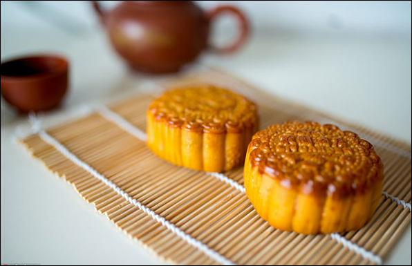 HK bakery likely to destroy moon cakes