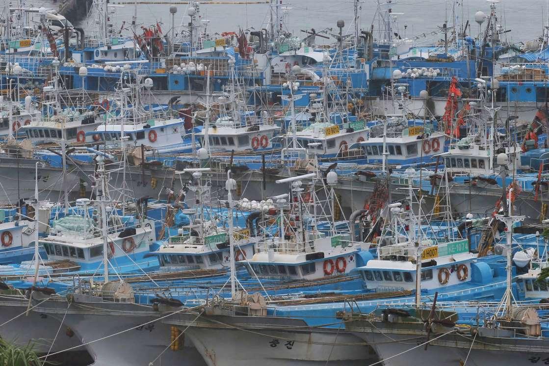 Typhoon kills 3 in South Korea before moving to North Korea