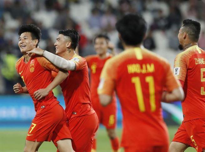 soccer - wu lei (people's daily).jpg