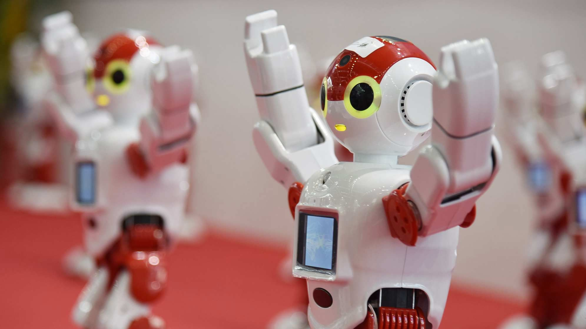 Robot developed to improve pharmacy services in China