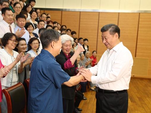 Inspiring moments between Xi and teachers
