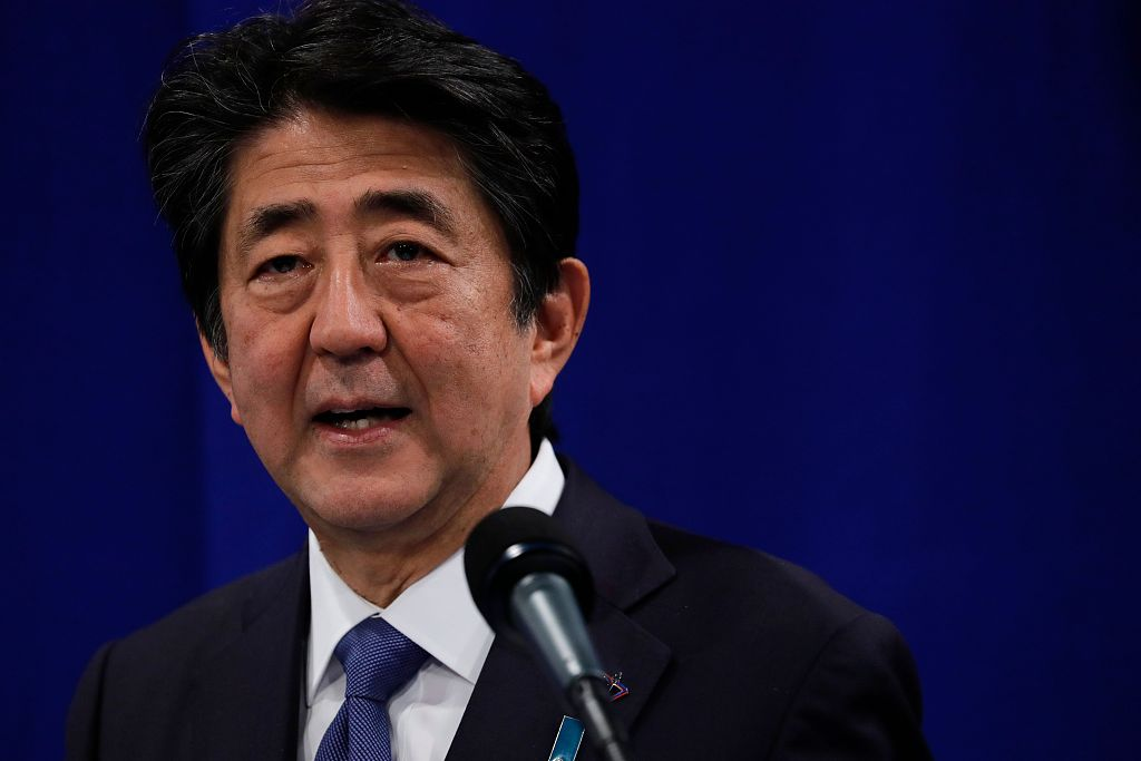 Japan's Abe set to reshuffle Cabinet as approval rating drops