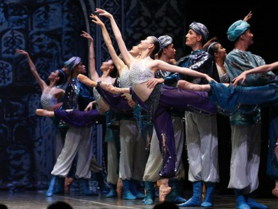 """Chinese artists perform ballet """"The Last Mission of Marco Polo"""" in Brussels"""