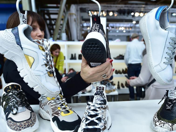 The maddening shoe speculation sparks market chaos