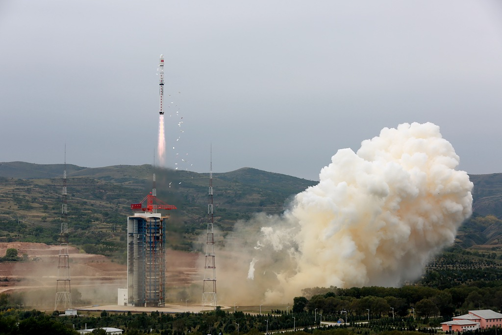 Tech China Weekly: new satellites; robotics factory; facial recognition; intelligent lamp posts