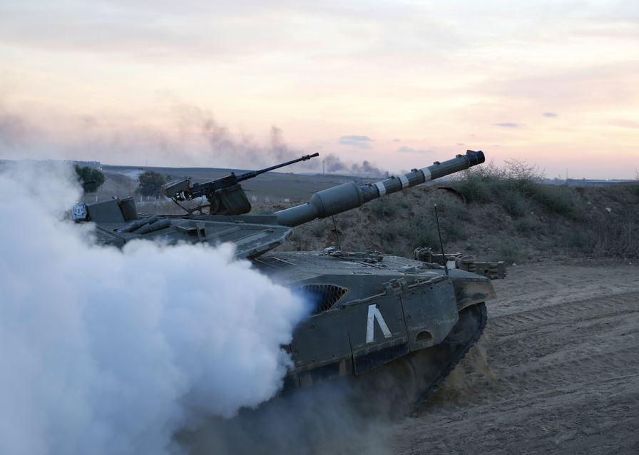israeli tank (ap).jpg