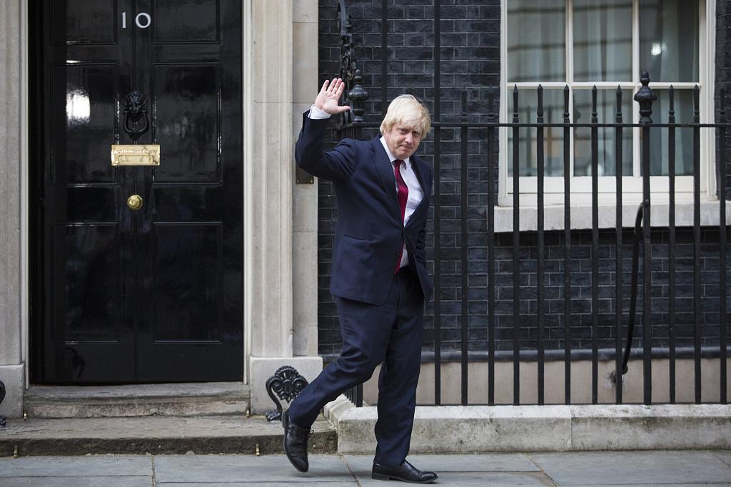 Johnson the Brexit 'Hulk' finally meets EU's Juncker
