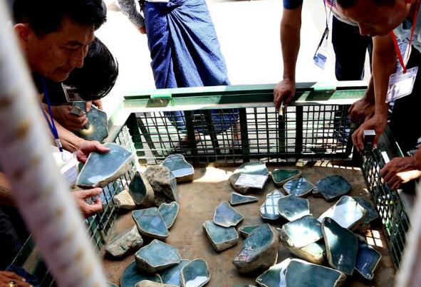Mid-Year Myanmar Gems Emporium kicks off in Nay Pyi Taw, Myanmar