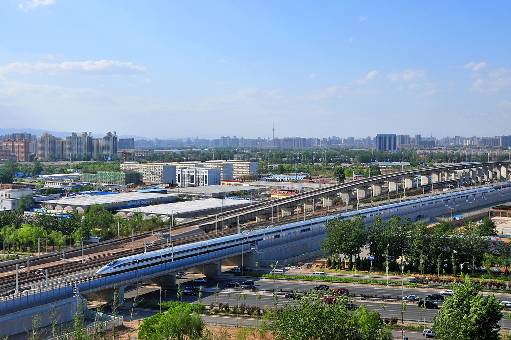 China's railway trips hit record high in August