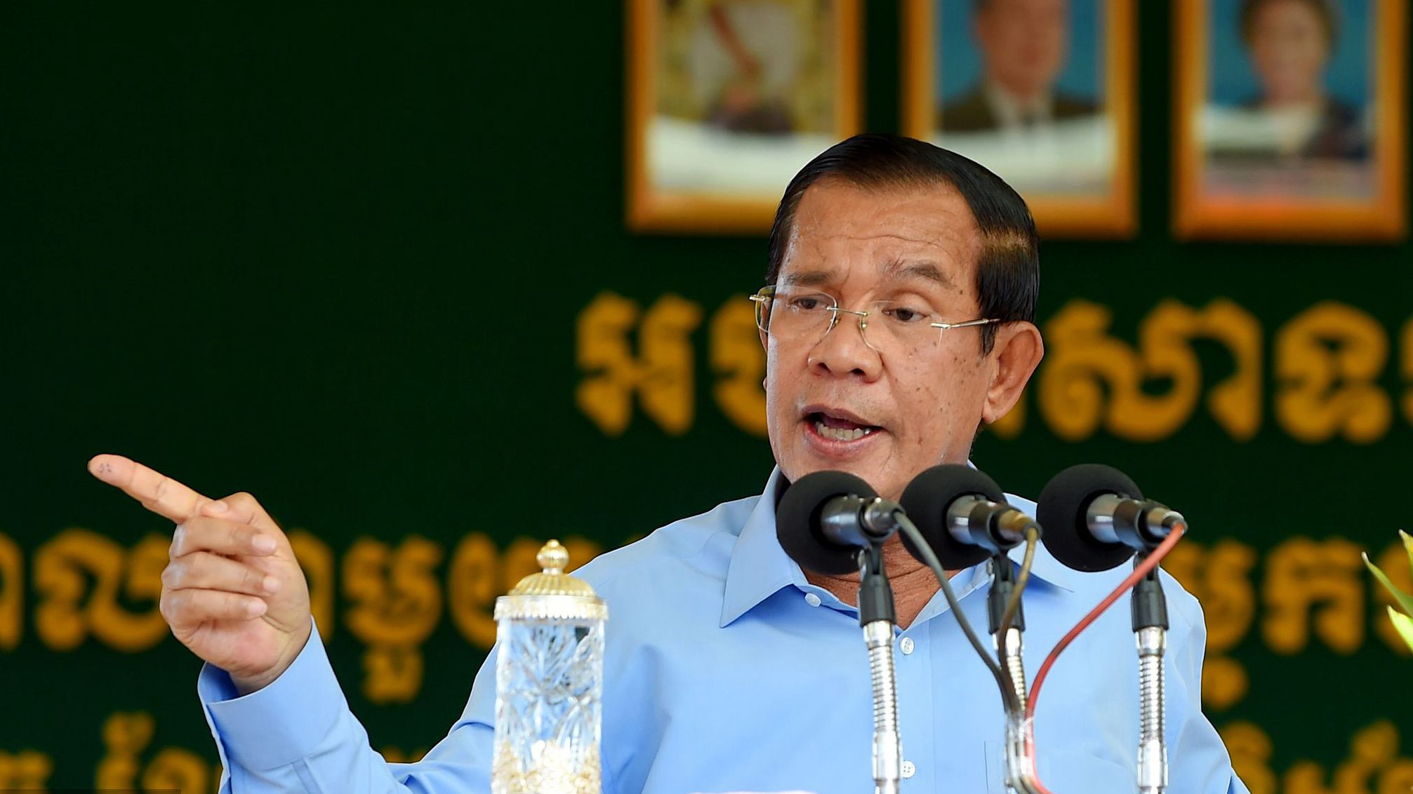 Cambodian PM hails China's role in promoting regional peace, stability, development