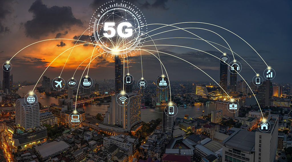Why can China lead in 5G and AI sectors?
