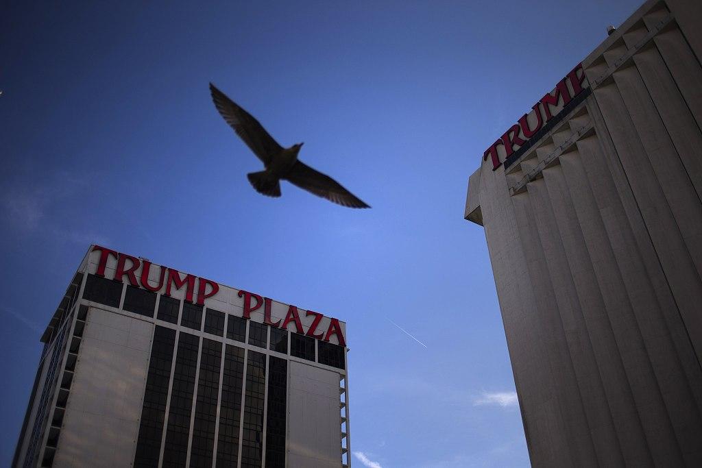 Car slams into lobby of Trump Plaza in New York