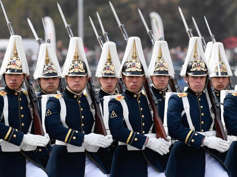Military parade held to mark 209th anniversary of Chile's independence