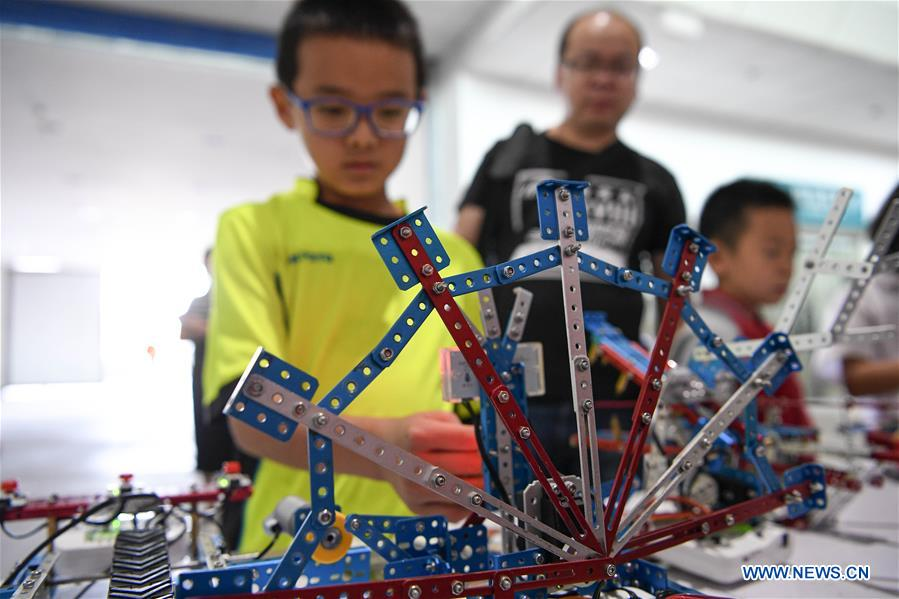 Juvenile science festival held in Yinchuan, NW China's Ningxia