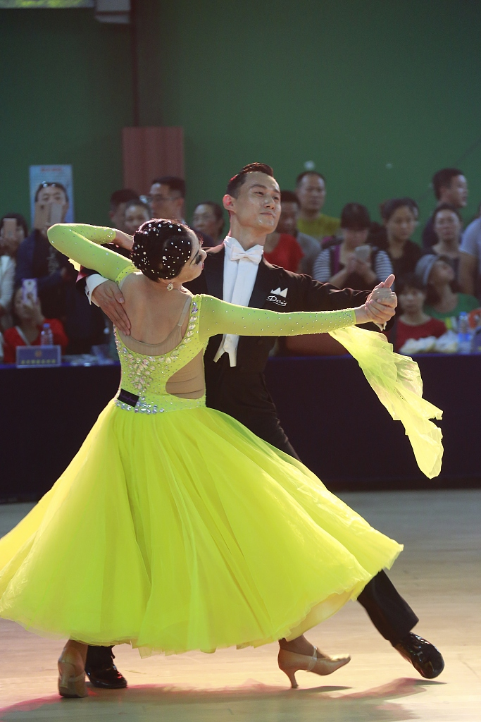 Foreign dance growing popular in China